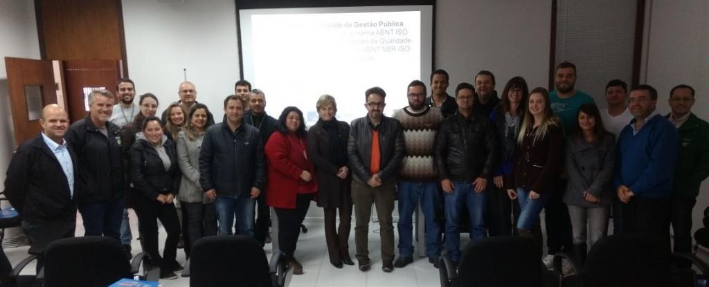 Equipes da Secretaria Municipal de Governo (SEGOV) e da Controladoria Geral do Município (CGM)